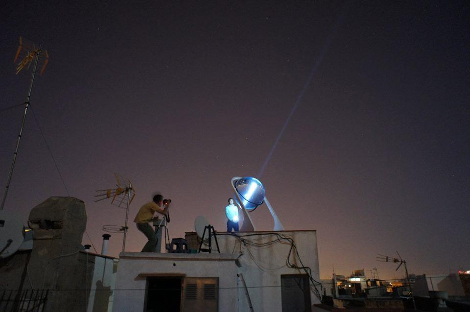Globo solar gera energia até mesmo com a luz da lua