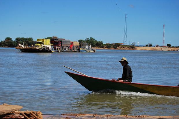 População ribeirinha se une para salvar afluentes do rio São Francisco