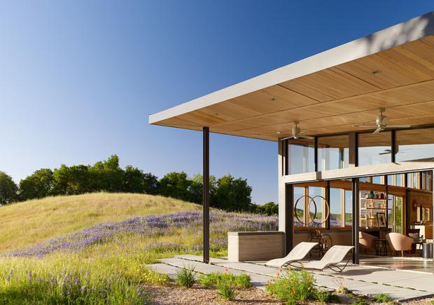 Casa no litoral da Califórna recebe selo LEED Platina