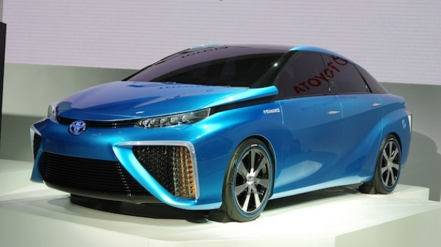 Toyota-at-the-Tokyo-Motor-fcv