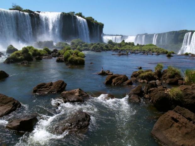Cerimônia reconhece Cataratas do Iguaçu como uma das 7 Maravilhas do Mundo