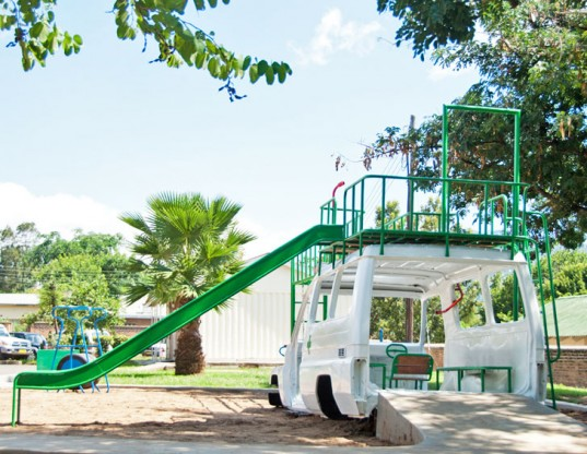 ambulance-playground-Sakaramenta-Malawi-537x416