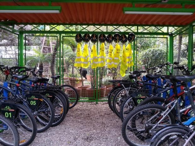 Marca de roupa incentiva clientes a utilizarem bicicleta como meio de transporte
