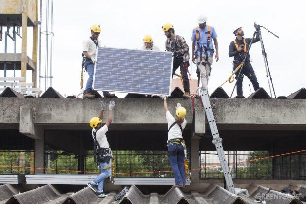 energiasolar-publicschool-greenpeace