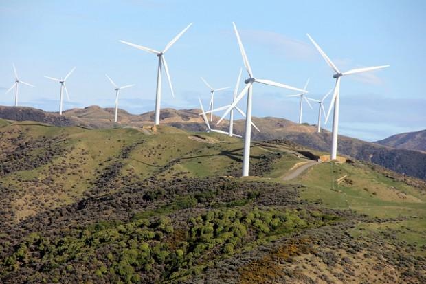 Noruega pretende investir fundos do petróleo em energia limpa ao redor do mundo