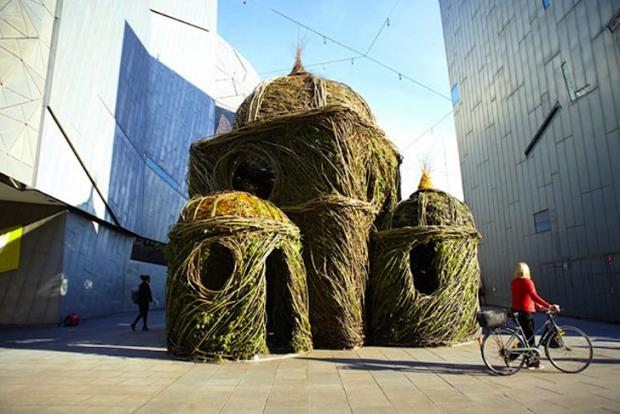 patrick-dougherty-stickwork-cathedral-lead1