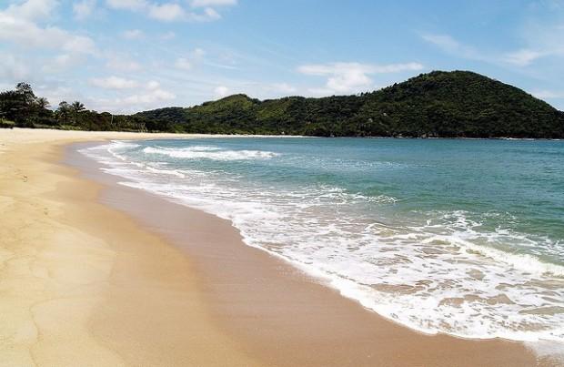 praia_sahy