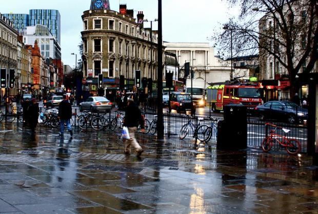 rainy-day-in-london-town-portia-watson