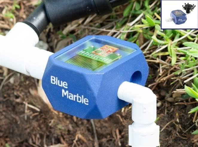Sistema inteligente usa energia solar para evitar na irrigação