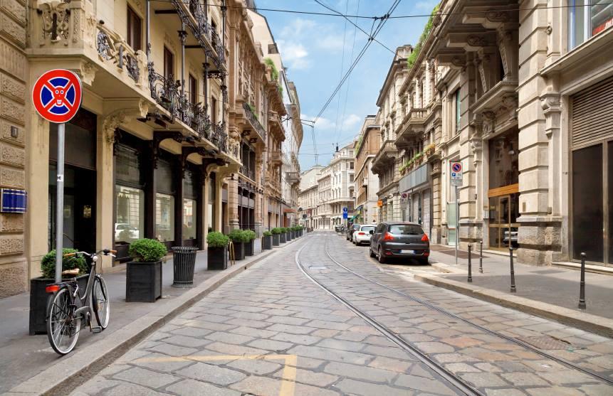 Milão proíbe circulação de carros por 3 dias