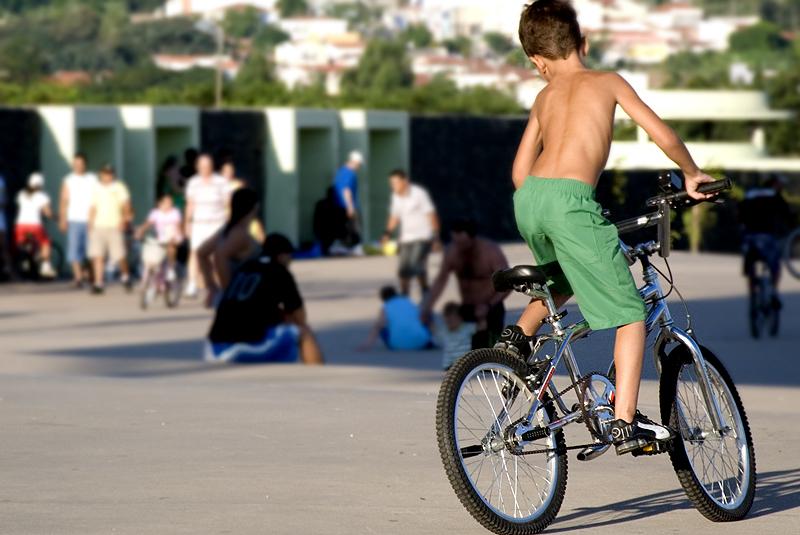 Campanha arrecada bicicletas usadas para presentear crianças carentes