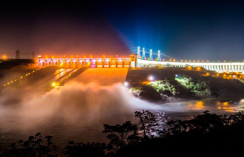 Brasil desperdiçou R$ 12 bilhões com energia elétrica nos últimos 5 anos