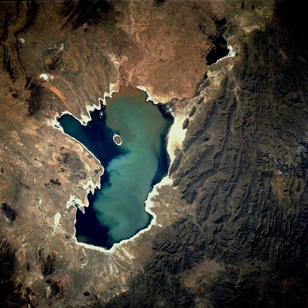 Imagem aérea do Lago Poopó em 1991. | Foto: Nasa