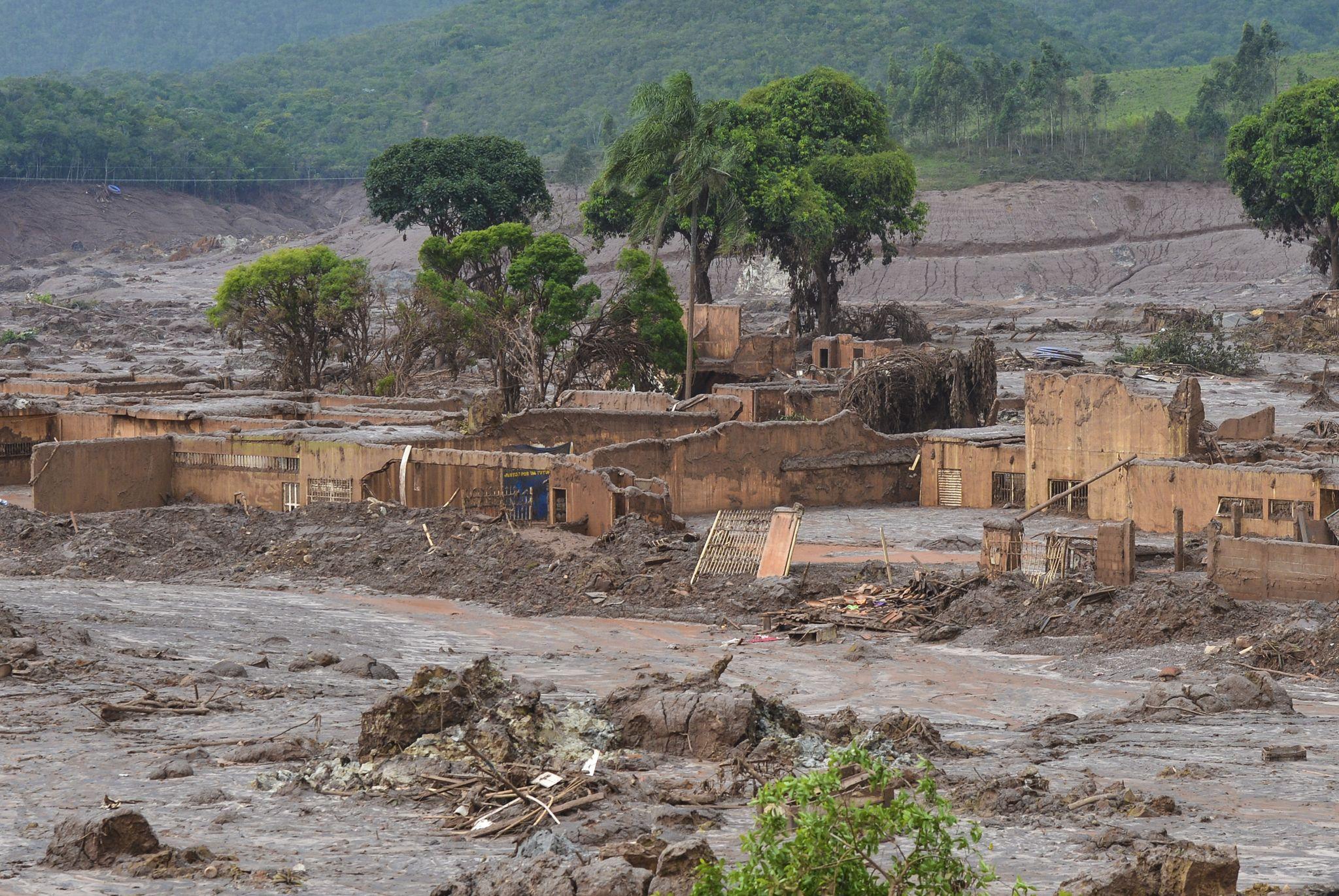 Plano de manejo dos rejeitos da Samarco deve ser anunciado em 45 dias