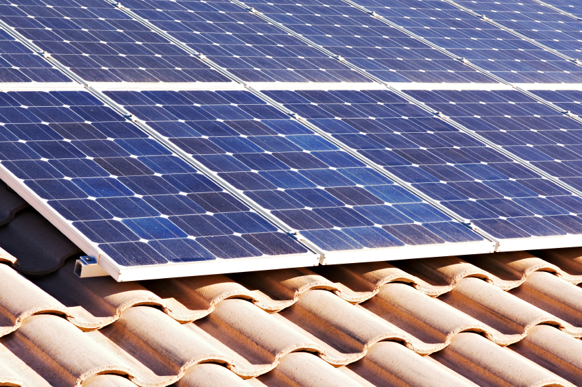 Energia solar cresce mesmo na crise e movimentará R$ 100 bi no Brasil até 2030