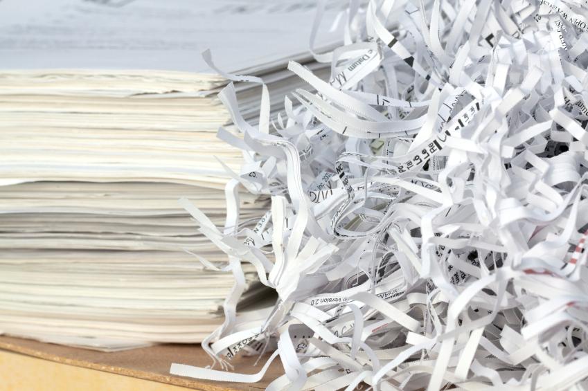 Máquina permite reciclagem de papel dentro do próprio escritório
