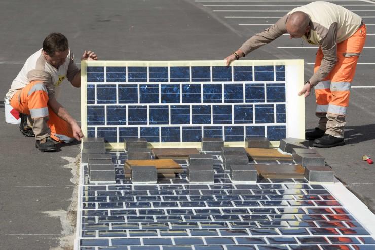 França planeja mil quilômetros de estradas gerando energia solar