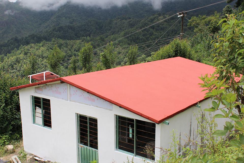 Mexicanos transformam lixo plástico em casas de baixo custo