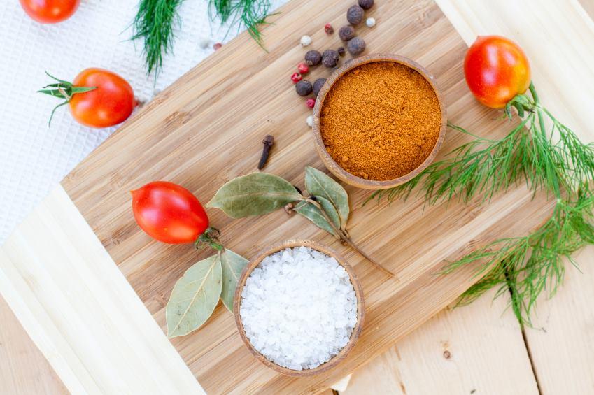 Saiba como fazer sal de ervas