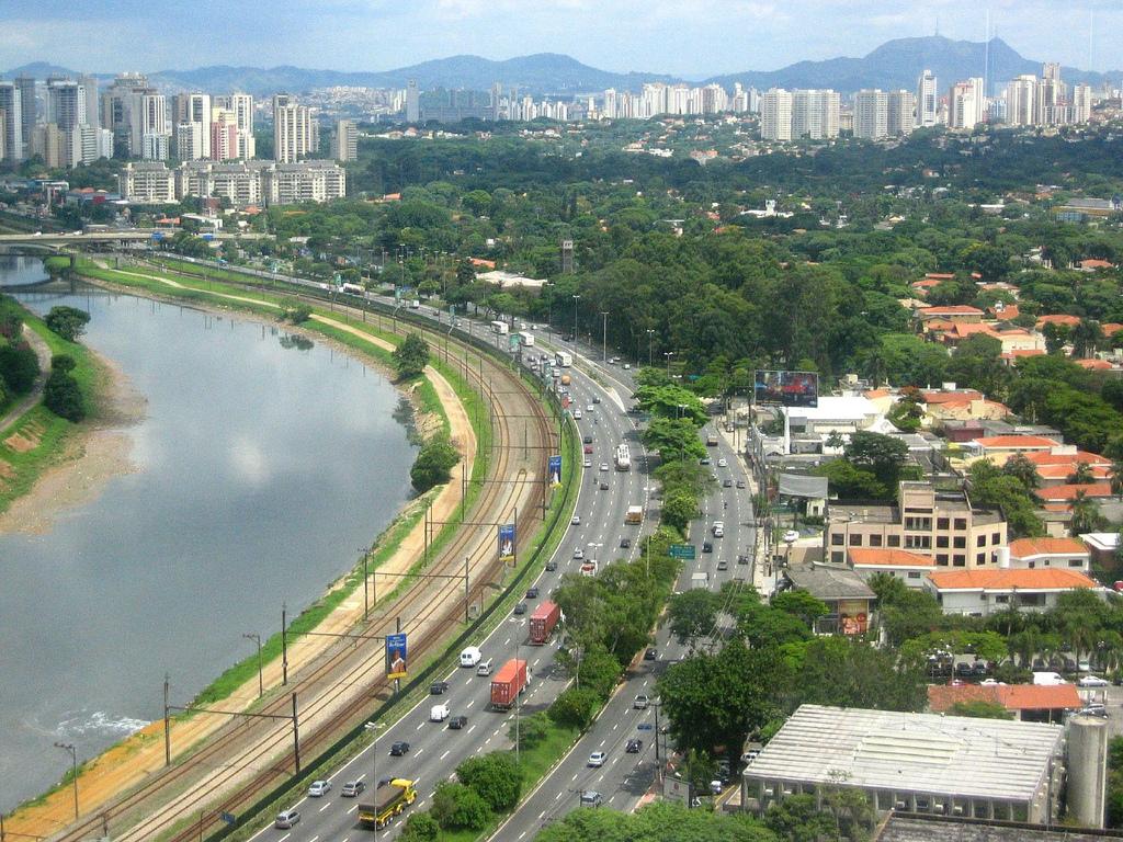 Rio Pinheiros - SP. Foto: Ana CarmemFoschini/Flickr
