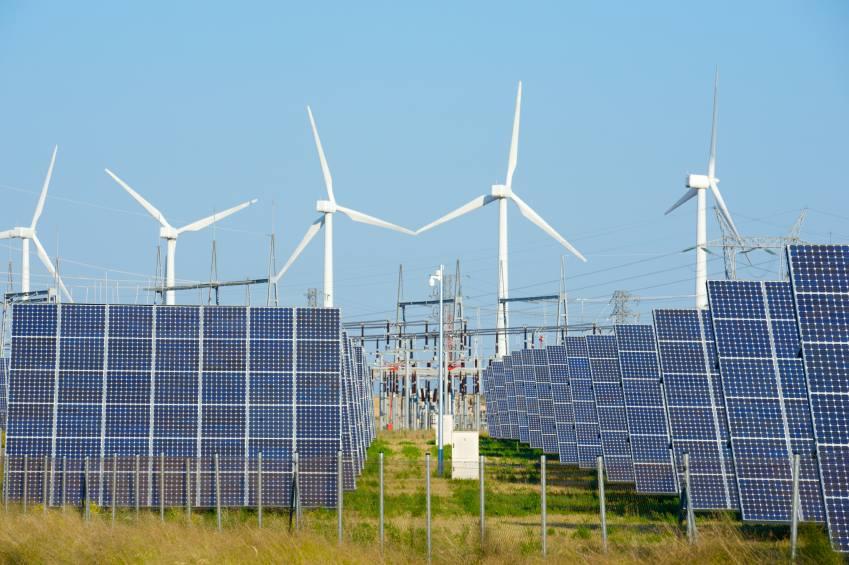 Investimentos em energias limpas batem recorde mundial em 2015