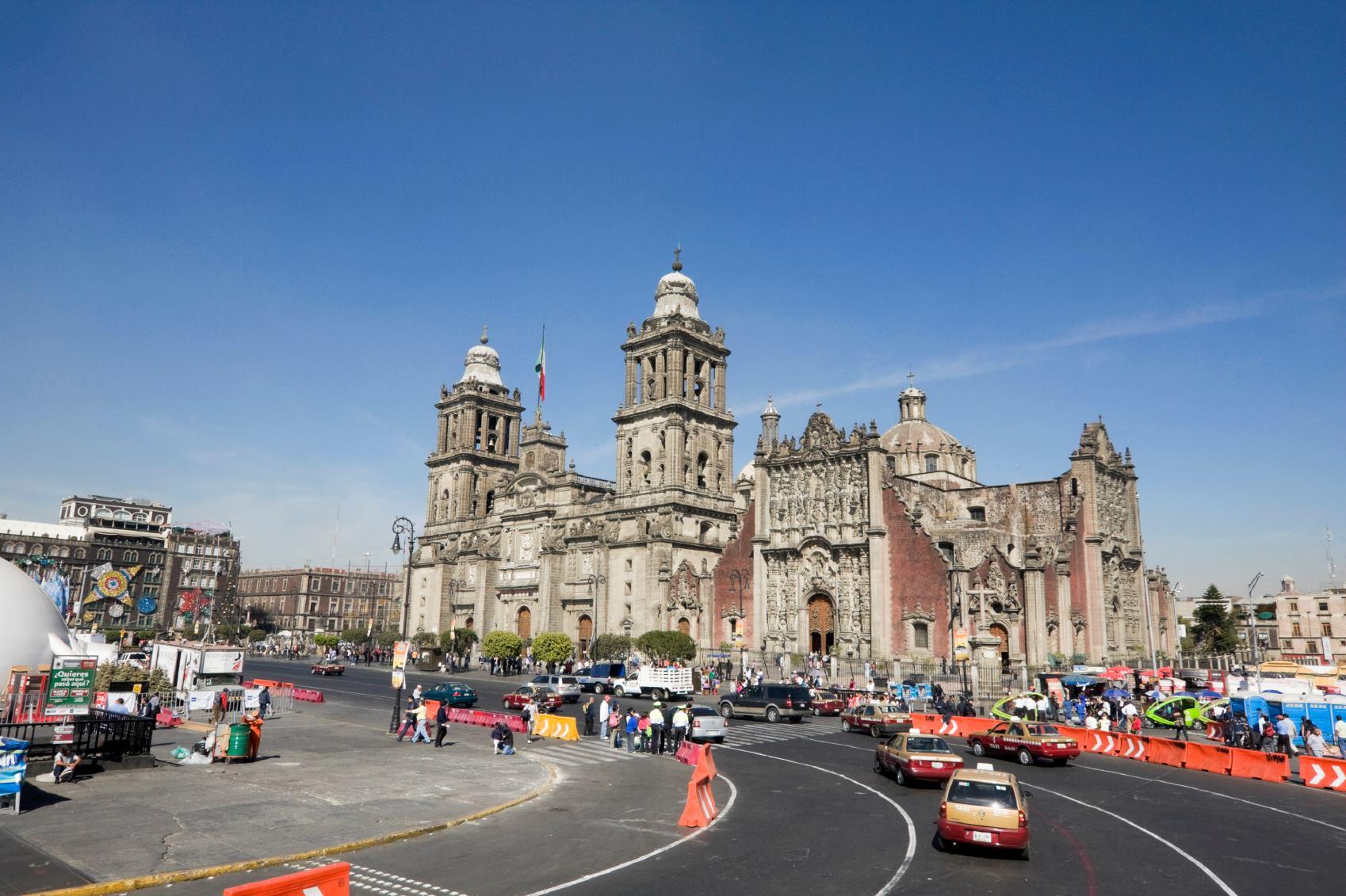 Capital do México libera transporte público de graça