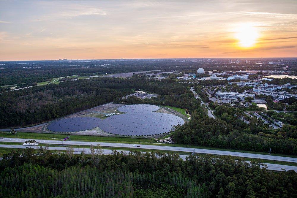 Parque da Disney inaugura usina solar com 48 mil painéis