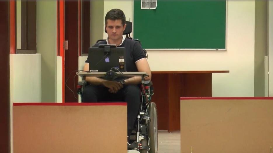 cadeira_de_rodas_face