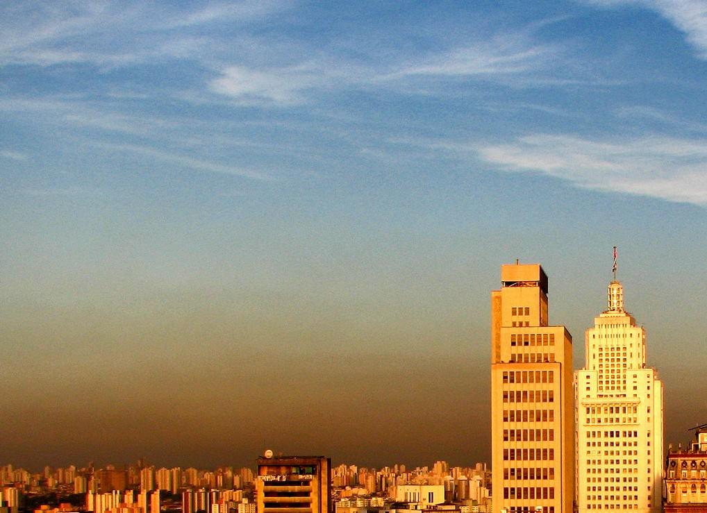 Poluição do ar aumenta chances de infarto e insuficiência cardíaca