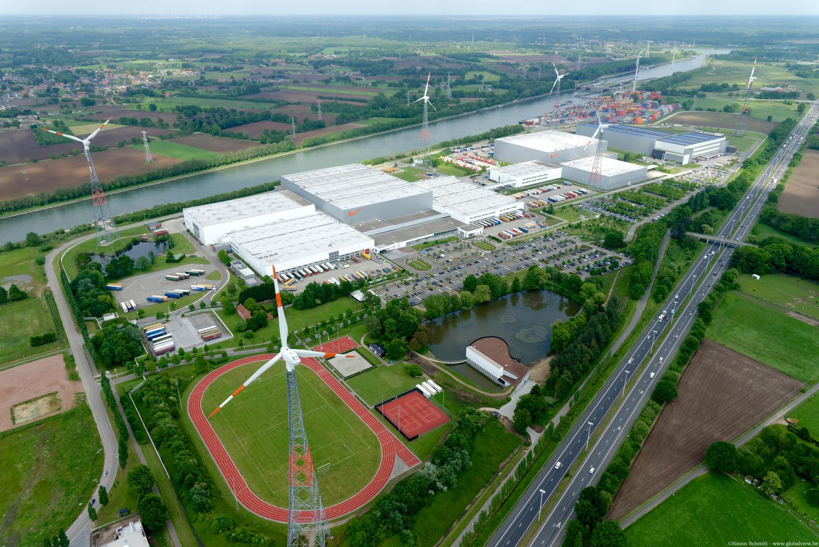 Nike tem centro de distribuição altamente sustentável na Europa