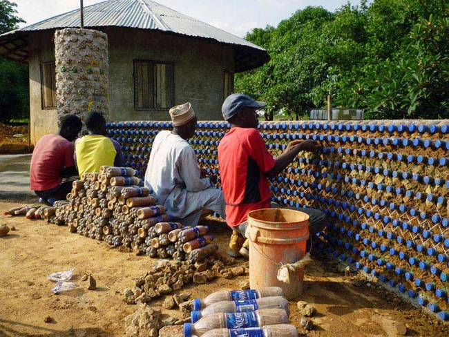 nigeria-plastic-bottle-house1-jpg-650x0_q70_crop-smart