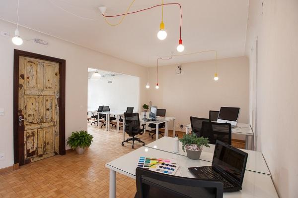 Espaço de co-working atrai pessoas que trabalham com sustentabilidade