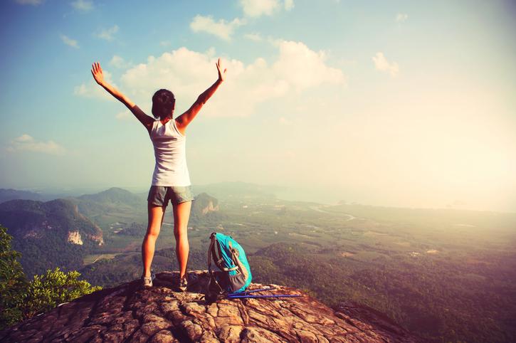 Viajar deixa as pessoas mais felizes do que comprar coisas, diz estudo