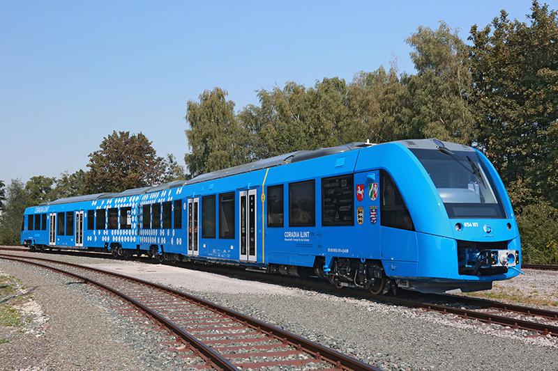 Alemanha testa trens que emitem água ao invés de poluição