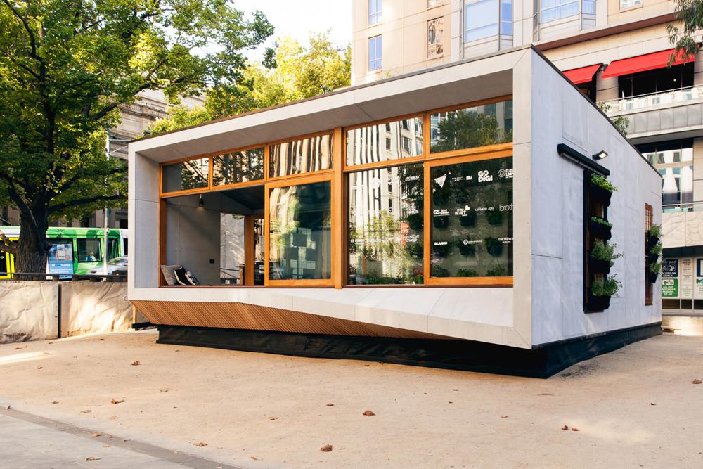 Casa pré-fabricada sustentável gera mais energia do que consome