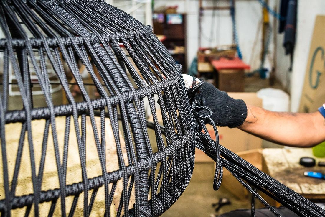 Empresa curitibana produz móveis com cordas ecológicas de PET