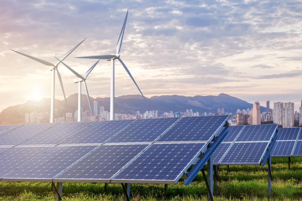 Expansão das energias renováveis deve continuar, apesar de Trump