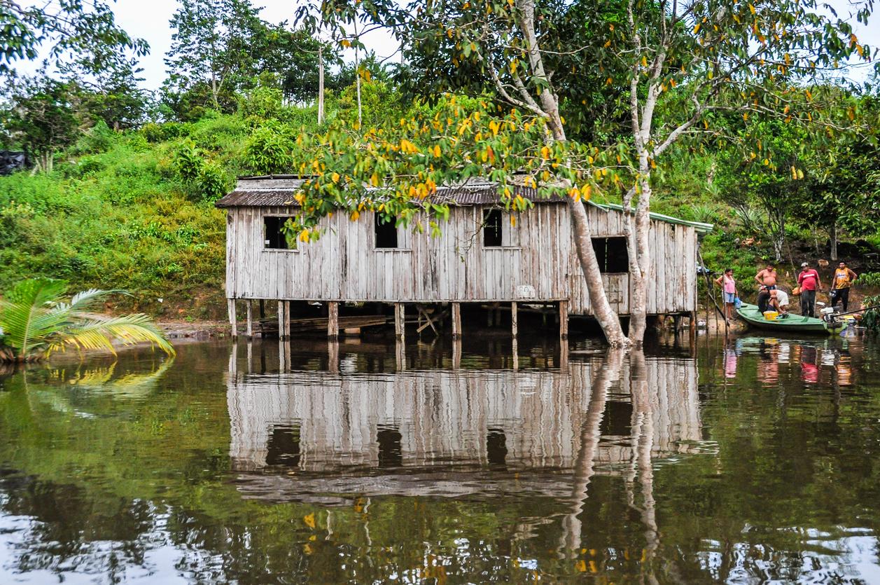 Áreas isoladas da Amazônia receberão financiamento para energia renovável