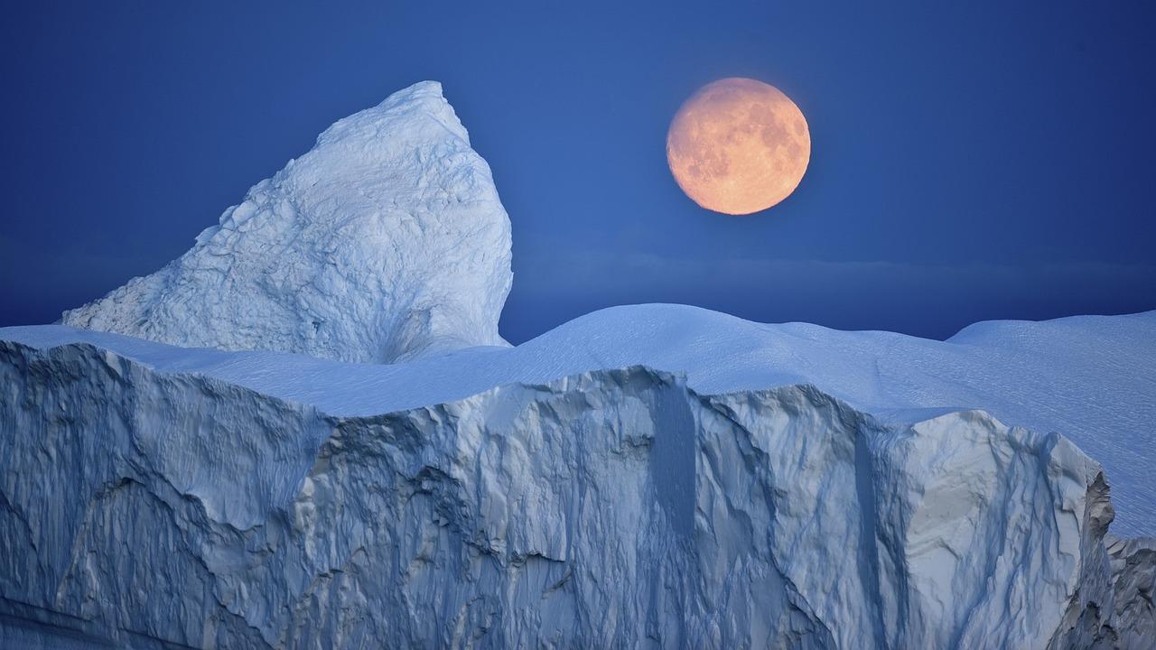 Inverno no Ártico e Verão na Antártida batem novos recordes