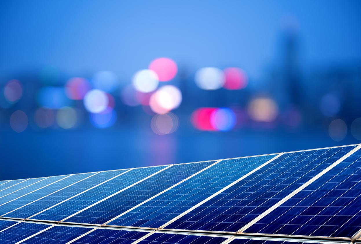 Chineses criam painéis solares que funcionam ànoite