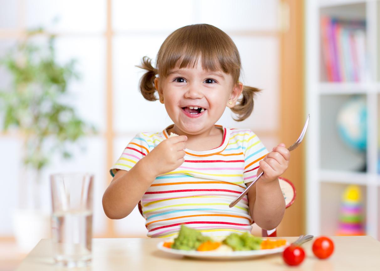 Nutricionista explica como dieta vegetariana pode ser iniciada na infância