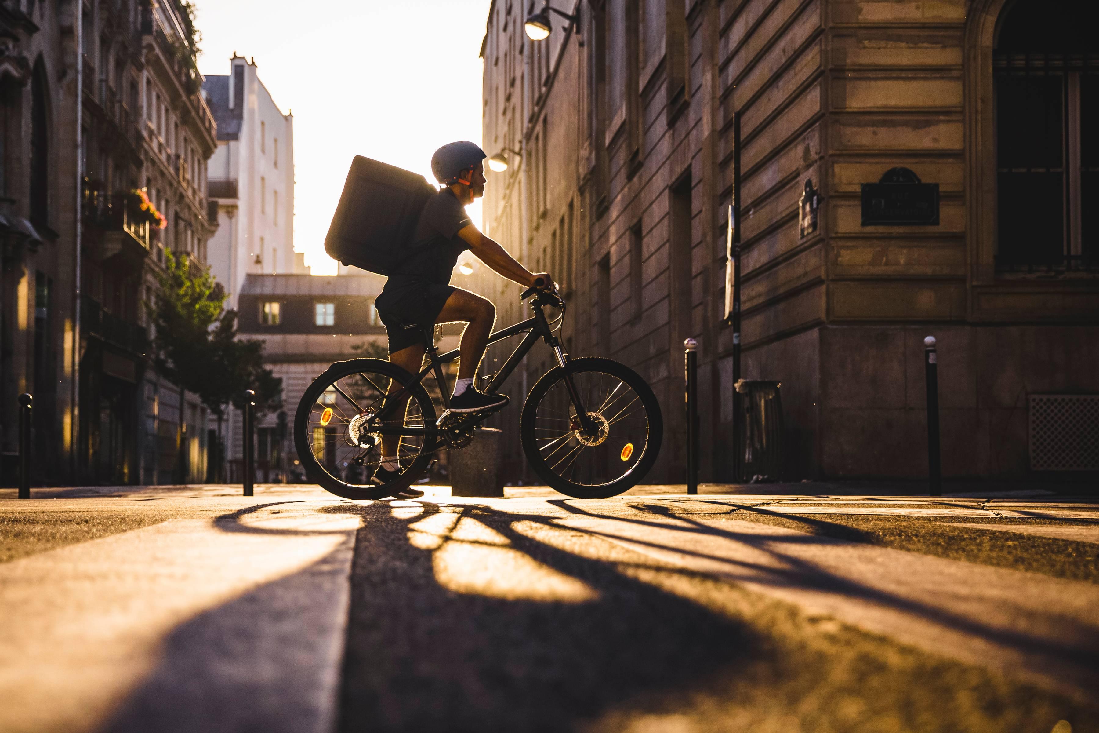 Ciclistas podem ganhar dinheiro com Uber de comida