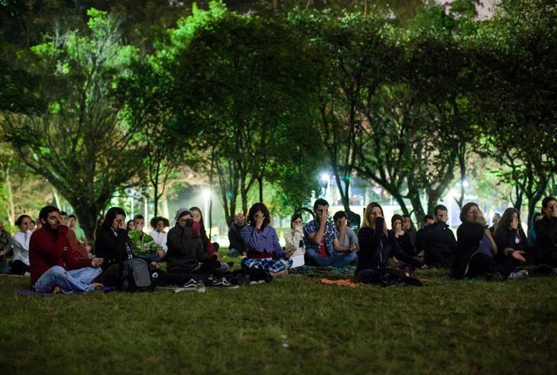 Em SP, meditação da lua cheia acontece nesta noite no Ibirapuera