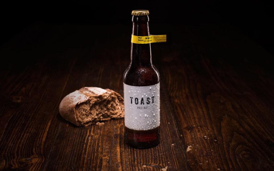 Empresa transforma pão que seria descartado em cerveja