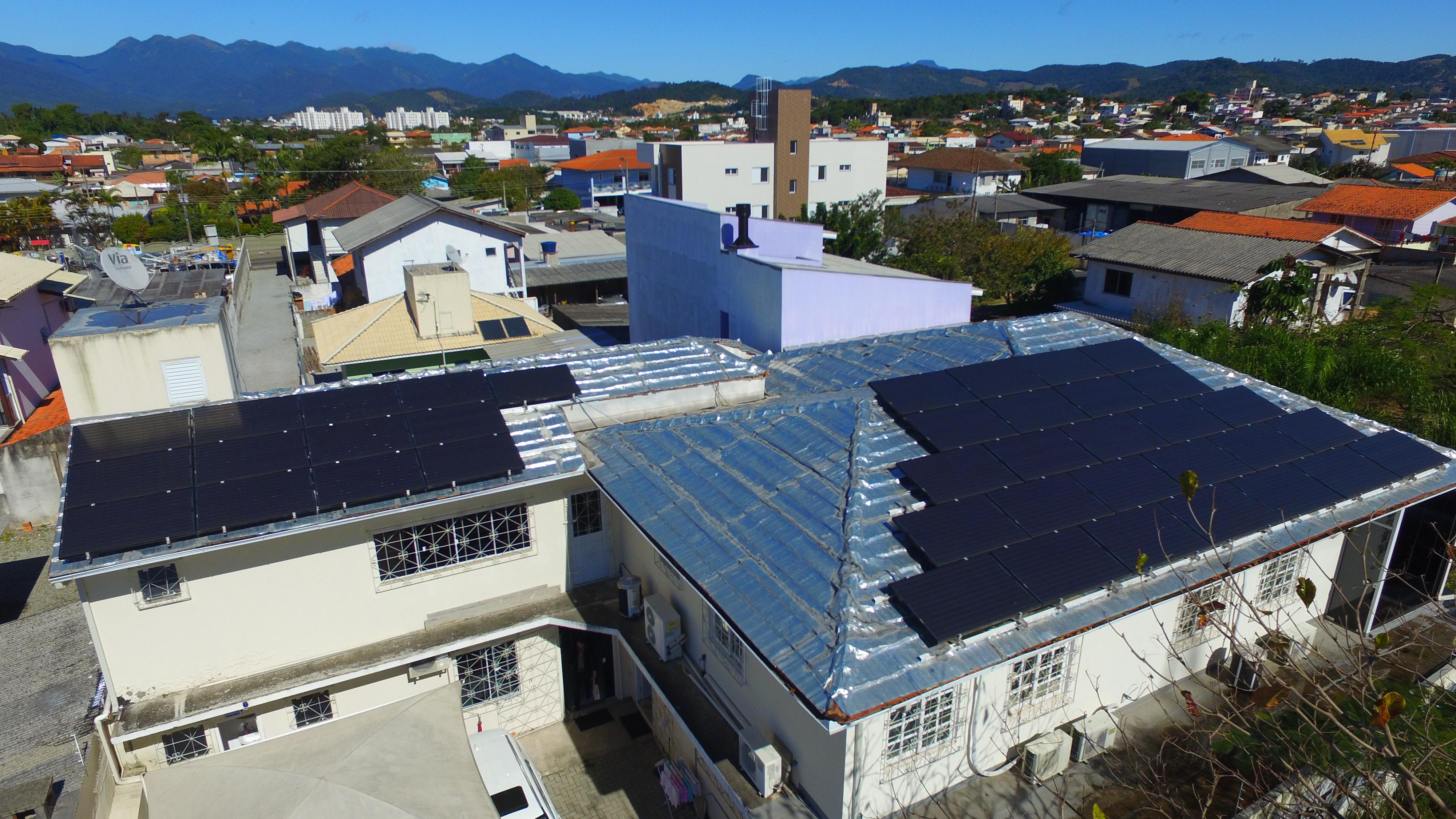 Geração distribuída de energia solar resiste à crise