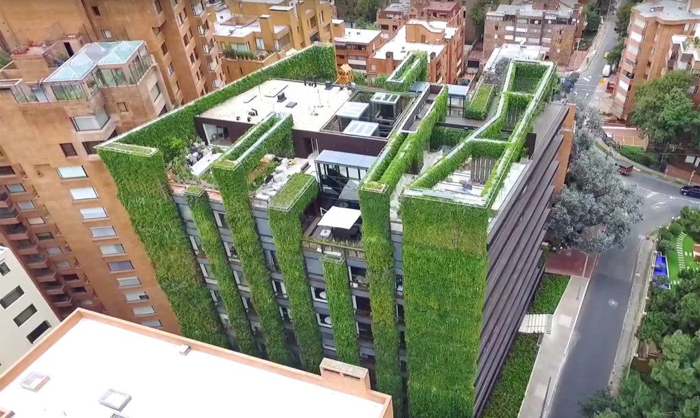 Santalaia-Vertical-Garden-4-1020x610