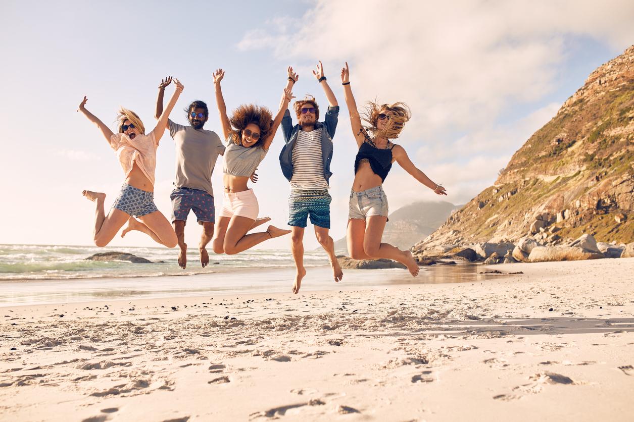 Empresa busca jovens para viajarem 40 países com despesas pagas