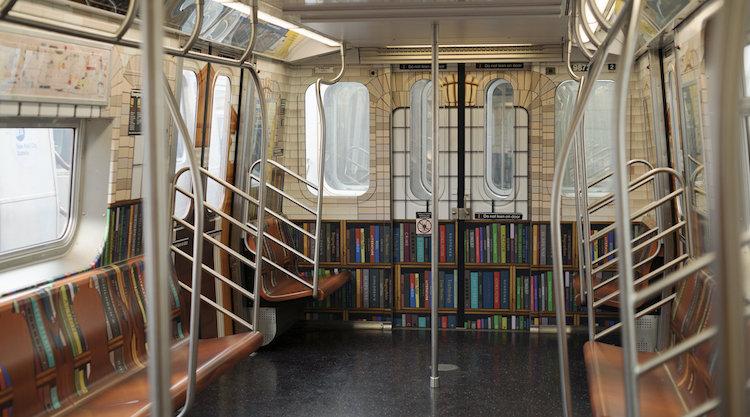 Metrô de Nova York disponibiliza biblioteca para passageiros