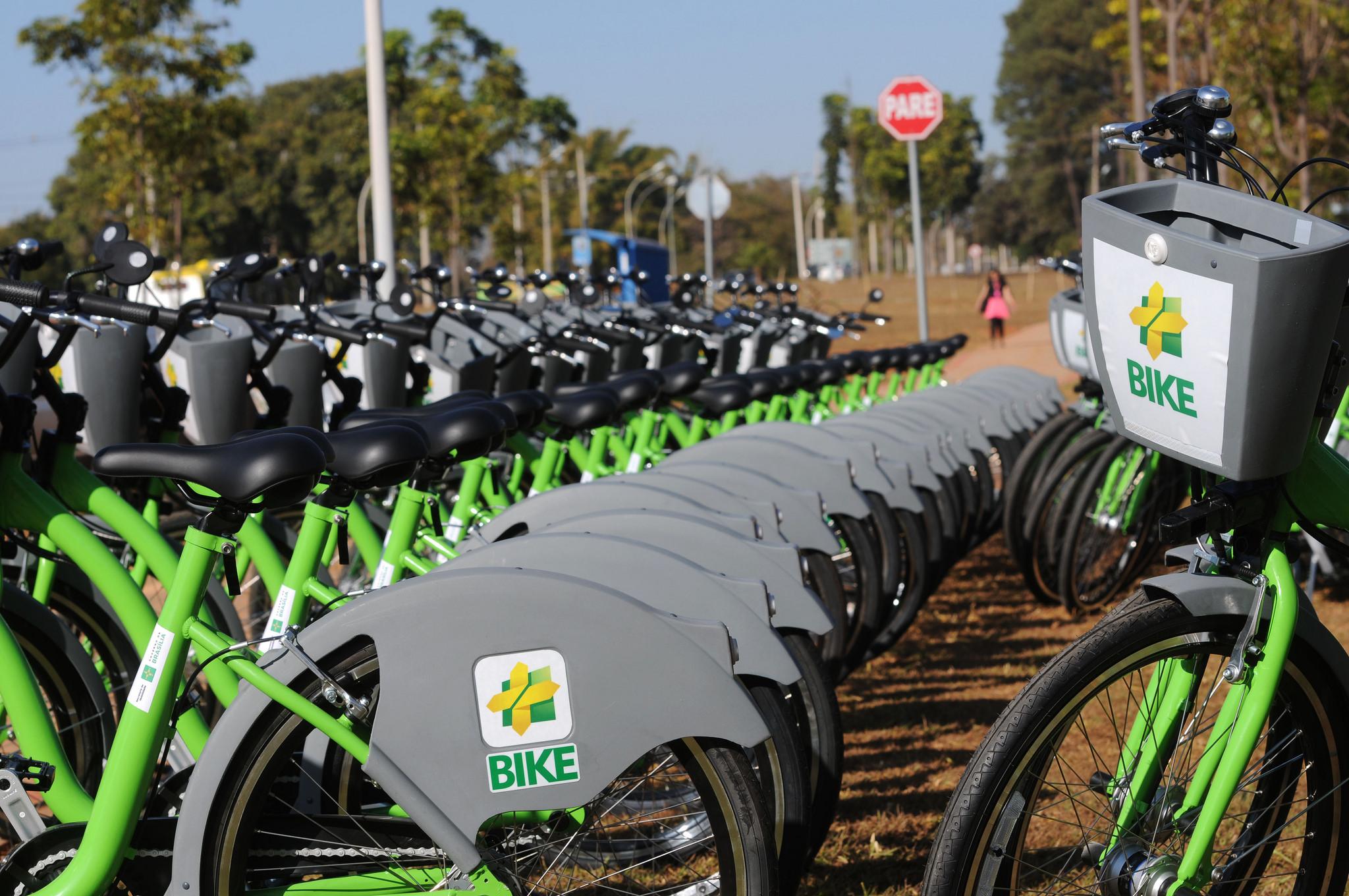Brasília planeja 1,2 mil quilômetros de ciclovias até 2022