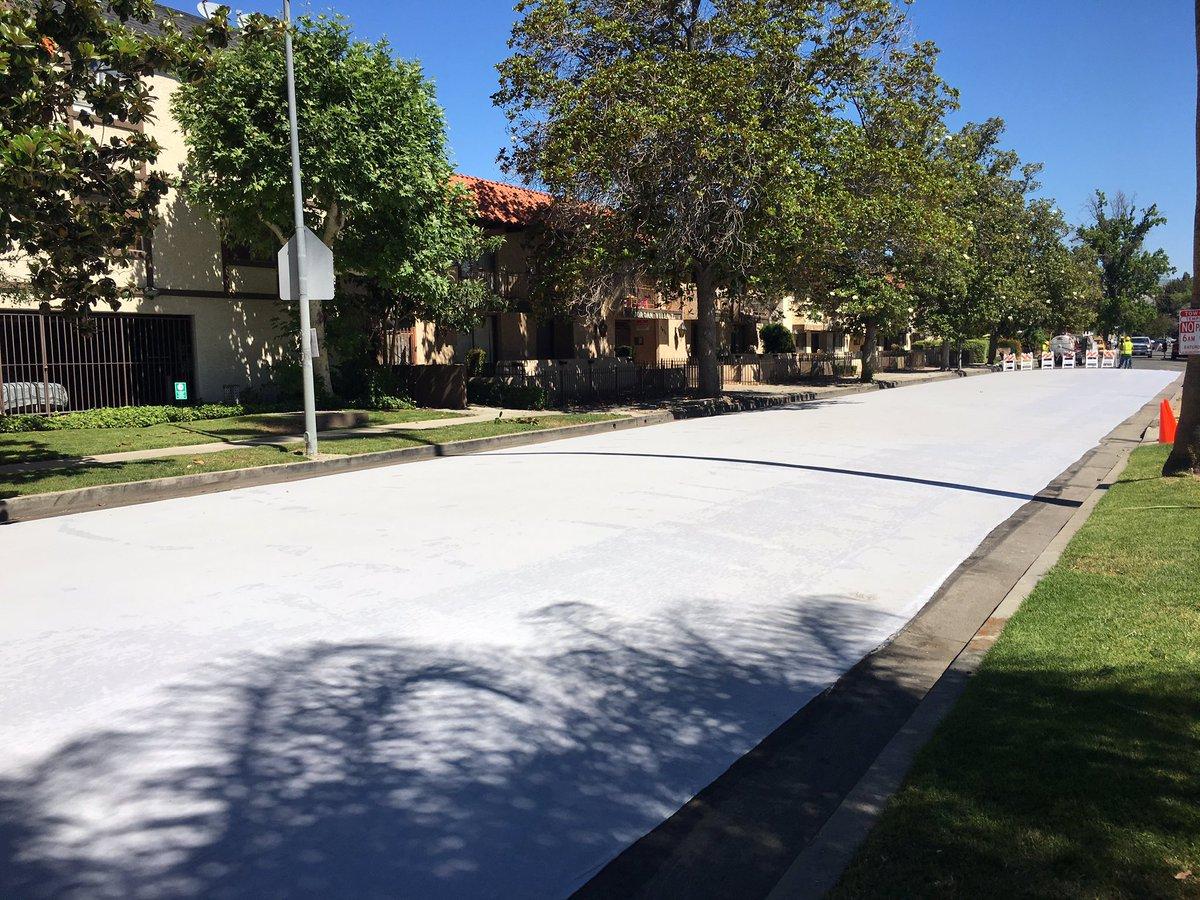 Los Angeles está pintando as ruas de branco para reduzir temperatura